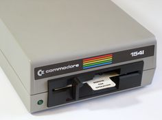 Computer Love, Computer Humor, Gaming Computer, Sistema Global, 8 Bits, Old Technology, Arcade, Good Old Times, Floppy Disk