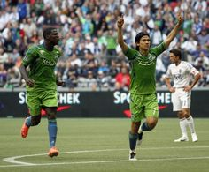 Sounders stay afloat with late equalizer from Montero