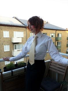Home from work, Susan likes wearing her Shirt and Tie. Sexy Blouse, Blouse And Skirt, Suits For Women, Blouses For Women, Dressy White Blouses, Women Wearing Ties, Women Bow Tie, Satin Shirt, Good Looking Women