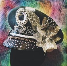 INSTAGRAM: @DustAndFound SHOP: http://ift.tt/29WTQjr   This shop is a military millinery with some serious flair their products are so unique! This is an up & coming shop so if you have a few minutes give them a follow and congratulate them on their first Etsy sale! Want to become their second?    #handmade #handmadewithlove#bestofhandmade #etsygram #etsygramlove #radianthandmade #BuyDifferently #calledtobecreative#craftsposure #crafttherainbow#creativelifehappylife #creativityfound#etsy…