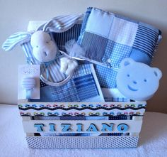 45 Cool Baby Shower Gift Ideas For Baby Boy - babyideaz Baby Shower Gift Basket, Baby Hamper, Baby Shower Gifts For Boys, Baby Boy Shower, Baby Gifts, Birthday Gifts For Boyfriend Diy, Creative Birthday Gifts, Boyfriend Crafts, Baby Deco