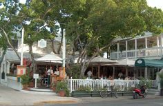 Mangoes Restaurant - Key West Restaurants, Key West, Florida-Never miss a chance to eat at any resturant named Mangoes