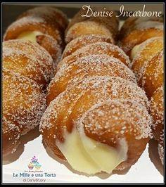 CARTOCCI SICILIANI RIPIENI DI CREMA, RICETTA BIMBY RICETTA DI: DENISE INCARBONE Ingredienti: Per i cartocci 500 g di farina 00 55 g di zucchero