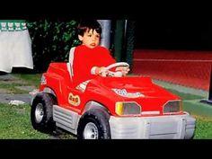Red Bull introduces Daniil Kvyat and Carlos Sainz Jr 2010 - YouTube