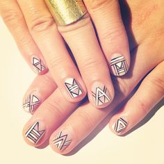 Beautiful nail art designs that are just too cute to resist. It's time to try out something new with your nail art. Great Nails, Fabulous Nails, Gorgeous Nails, Cute Nails, Crazy Nail Art, Crazy Nails, Fancy Nails, Art Deco Nails, Tribal Nails