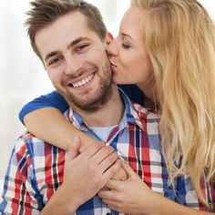12 Daily Habits of Super-Happy Couples - Photo by: iStock/Thinkstock http://www.womenshealthmag.com/sex-and-relationships/habits-of-happy-couples