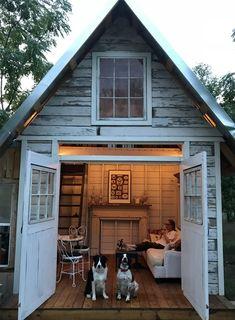 adorable farmhouse cottage design ideas and tiny house decor ideas 96 Studio Shed, Backyard Sheds, Garden Sheds, Backyard Cottage, Backyard Studio, Garden Cottage, Shed Homes, Shed Design, Garden Design