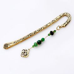 Elegant Celtic gold tone pewter shepherd hook bookmark with gemstones of agate and emerald and featuring a Celtic knot charm. Lavender Sachets, Unique Gifts, Handmade Gifts, Celtic Knot, New Baby Gifts, New Baby Products, Personalized Gifts, Irish, Gift Ideas