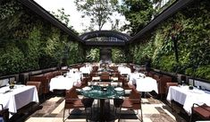 An Istanbul-based design firm has teamed up with one of the fathers of vertical gardens to liven upa bespoke restaurant in the city.Autoban and Patrick Blanc