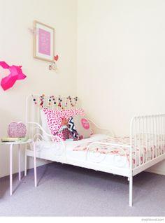 Poppy's big girl room with pops of fuchsia pink #neon #deer