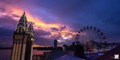 Luna Park by Glenn Waddell