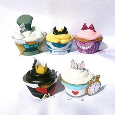 Forma+para+cup+cake+da+Alice+no+Pais+das+Maravilhas.+Impresso+em+papel+fotografico+com+210gramas+Recorte+com+plotter.+Pedido+minimo+10+unidades.+Consulte+outros+modelos. R$ 4,00