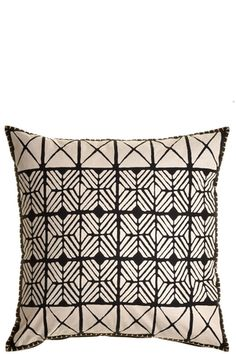 A neutral-toned, African-inspired pillow goes with nearly every color scheme. Pillow Room, Pillow Talk, Bed Pillows, Cushions, Bed Linens, Bedding Inspiration, Safari Theme, Simple Prints, How To Make Pillows