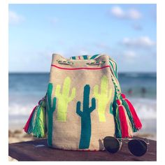 "339 Me gusta, 14 comentarios - Chila Bags (@chilabags) en Instagram: ""We have this thing for Cactus  New Collection coming soon :: www.chilabags.com #styleinspo #ootd…"""