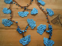 turquoise and brown crochet lariat necklace large por PashaBodrum