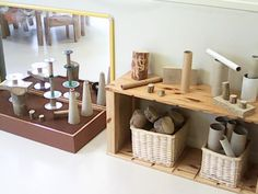 Love this construction play are with different paper rolls and cones Reggio Inspired Classrooms, Reggio Classroom, New Classroom, Classroom Setting, Classroom Design, Early Years Classroom, Block Center, Block Area, Play Spaces