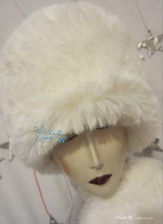 winter hat wolf white faux-fur of luxury love par MatheHBcouture