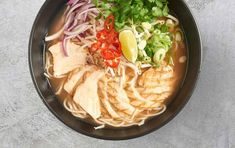 Restaurant recipe reveal: Wagamama's Chilli Chicken Ramen It's the soul-warming dish that everyone loves and we've got the recipe right here. Wagamama Recipe, Wagamama Ramen, Chicken Ramen Recipe, Easy Chilli, Soup Recipes, Cooking Recipes, Easy Ramen Recipes, Asian Recipes, Healthy Recipes