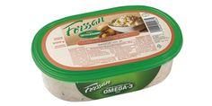 Forssan 300g Savulohisalaatti. Maukas ja ruokaisa majoneesinen salaatti, jossa perunan kaverina mm. lämminsavukirjolohta, kurkkua, omenaa ja tilliä. Soveltuu lisukkeeksi, leivän päälle tai uuniperunan täytteeksi.