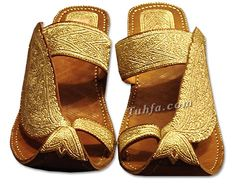 Kolhapuri chappals with gold toes