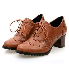 33.74$  Watch now - http://alioj8.shopchina.info/go.php?t=32260411834 - British leisure style comfortable round toe oxford shoes hollow out lace up adornment beige black brown big size women shoes  #aliexpressideas