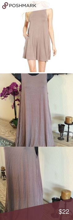 """NWOT Knit Dress with Pockets Cute high Neck stretchy dress with pockets. Perfect with leggings and a sweater for cooler days. 17"""" from armpit to armpit and 35"""" long. Never been worn. Socialite Dresses Mini"""