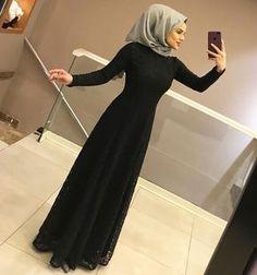 ❤️❤️SİYAH AŞKINAAA 380₺ 36/42 beden aralığında Hijab Fashion 2016, Abaya Fashion, Muslim Fashion, Fashion Outfits, Ootd Fashion, Fashion 2020, Hijab Gown, Hijab Dress Party, Hijab Wedding Dresses