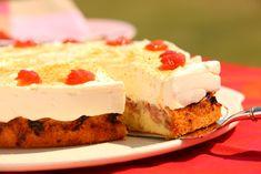 Rhabarber-Kuchen mit Cremehaube