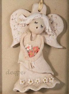 Learn to make clay figures Salt Dough Crafts, Salt Dough Ornaments, Clay Ornaments, Angel Ornaments, Christmas Arts And Crafts, Polymer Clay Christmas, Christmas Angels, Polymer Clay Projects, Clay Crafts