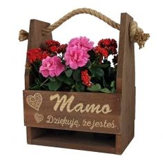 Brązowe nosidło na kwiaty z grawerem na Dzień Mamy Co jak co ale mamę mam najlep Super Mam, Love You Gif, Good Night Image, Best Mother, Best Teacher, Ladder Decor, Floral Wreath, Deco, Crafting