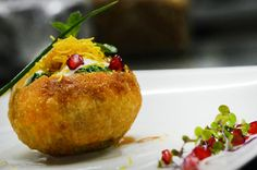 Mouth watering Raj Kachoris that will leave you asking for more...