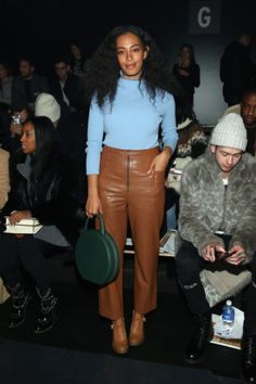 Solange Knowles attends the Baja East Fall 2016 fashion show during New York Fashion Week: The Shows at The Dock Skylight at Moynihan Station on February 13 2016 in New York City. Solange Knowles, Fall Fashion 2016, Look Fashion, Fashion Show, Autumn Fashion, Fashion Styles, Fashion Outfits, Streetwear, New Yorker Mode