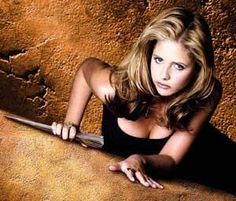 buffy sarah michelle gellar 20 Best Episodes of Buffy the Vampire Slayer Sarah Michelle Gellar, Buffy The Vampire Slayer Funny, Buffy Im Bann Der Dämonen, Channel, Buffy Summers, Sr1, Joss Whedon, Costume, Actresses