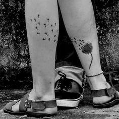"""Tatuagem da seguidora <a href=""""http://instagram.com/karlamoota"""">@karlamoota</a> feita  pelo tatuador <a href=""""http://instagram.com/leonardoalmeidatattoo"""">@leonardoalmeidatattoo</a> :)                   #amazingink"""