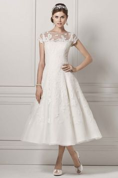 http://www.bridalguide.com/dresses/find-perfect-dress/wedding-gown-gallery