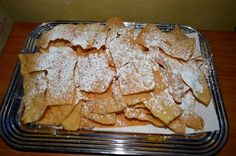 Galani alias Chiacchere – Sweet fried thin pastry strips