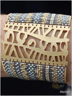 Stunning Matt Gold Bead Bracelet by Atelier Home & Garden (UK) Metal Clay Jewelry, Seed Bead Jewelry, Beaded Jewelry, Beaded Bracelets, Loom Beading, Beading Patterns, Unusual Jewelry, Bijoux Diy, Gold Beads
