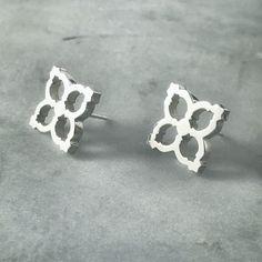 Silver stud earrings • stud earrings • everyday jewellery