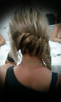 Side fish braid made by  me (Maryana Cotta) on my gorgeous cousin @Fernanda Cotta !! Flawless hair !! Love ya sis!