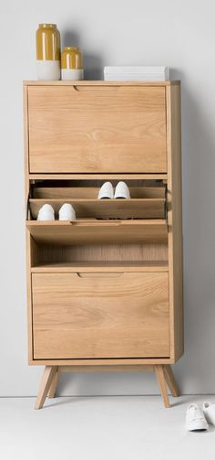 Jenson Shoe Storage Cabinet, Oak                              …