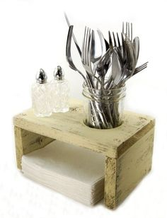 Super. Easy to make with pallets.