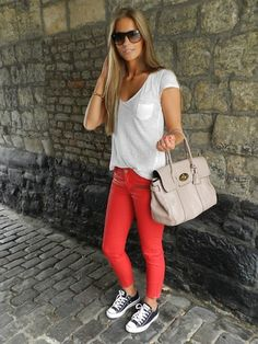 Casual yet Fashionable. Red jeans w/gold zippers. Converse, White T, Nice bag Casual yet Fashionable. Red jeans w/gold zippers. Converse, White T, Nice bag was last modified: February Summer Outfits, Casual Outfits, Cute Outfits, Summer Clothes, Casual Wear, Look Fashion, Fashion Outfits, Womens Fashion, Fashion News