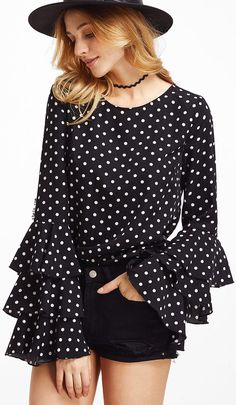 Polka dot would never out of fashion!