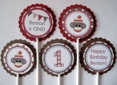 Hey, I found this really awesome Etsy listing at http://www.etsy.com/listing/116810674/sock-monkey-cupcake-toppers-party-circle