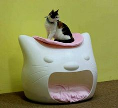 Modern cat house design Kitty Meow from Studio Mango look cute and charming, provide soft and warm beds for cats and add attractive room decor accessories in white, gray, black, red and pink colors to
