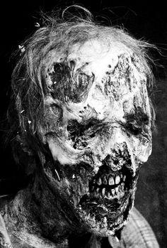 """Eyeless Zombie  The Walking Dead 6x03 """"Thank You"""""""