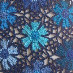 It looks pretty good in only blues also..... #catona #crochet#crochetflowers #scheepjes #scheepjeswol by attysloveforcrochet