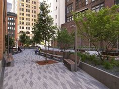 Pocket : Half Dose #106: Beekman Plaza