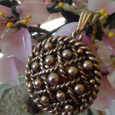 Vintage Vanda compact pendent For perfume use to be marked Vanda usa rare hard to find vanda Jewelry