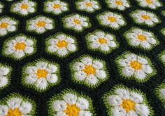 Crochet Patterns of crochet motifs stitches Lace Tablecloth blankets Curtain and Bedspread Crochet Blanket Patterns, Baby Blanket Crochet, Crochet Motif, Crochet Baby, Crochet Blankets, Baby Blankets, Crochet African Flowers, Crochet Flowers, Chrochet